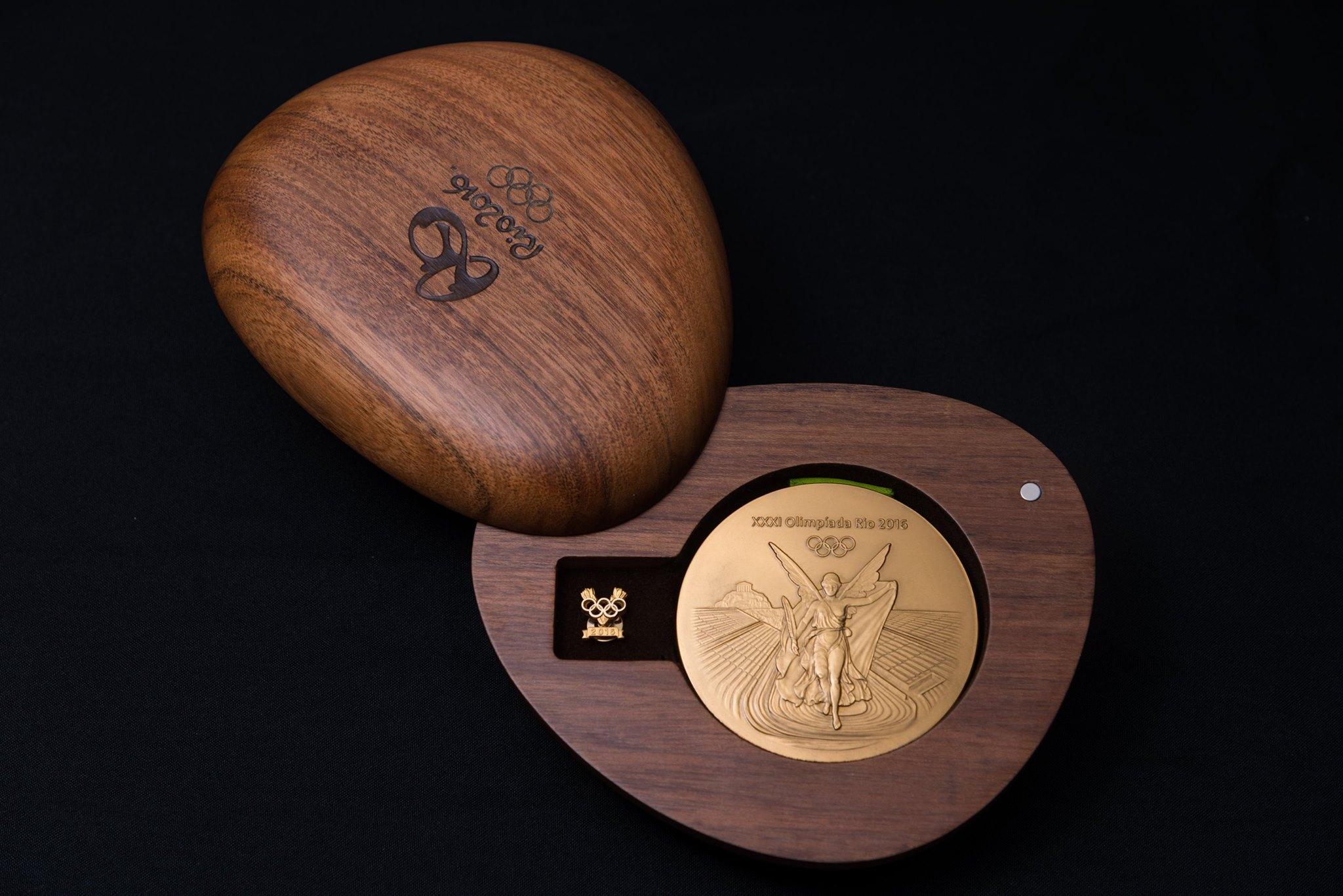 Medal Take-out Box