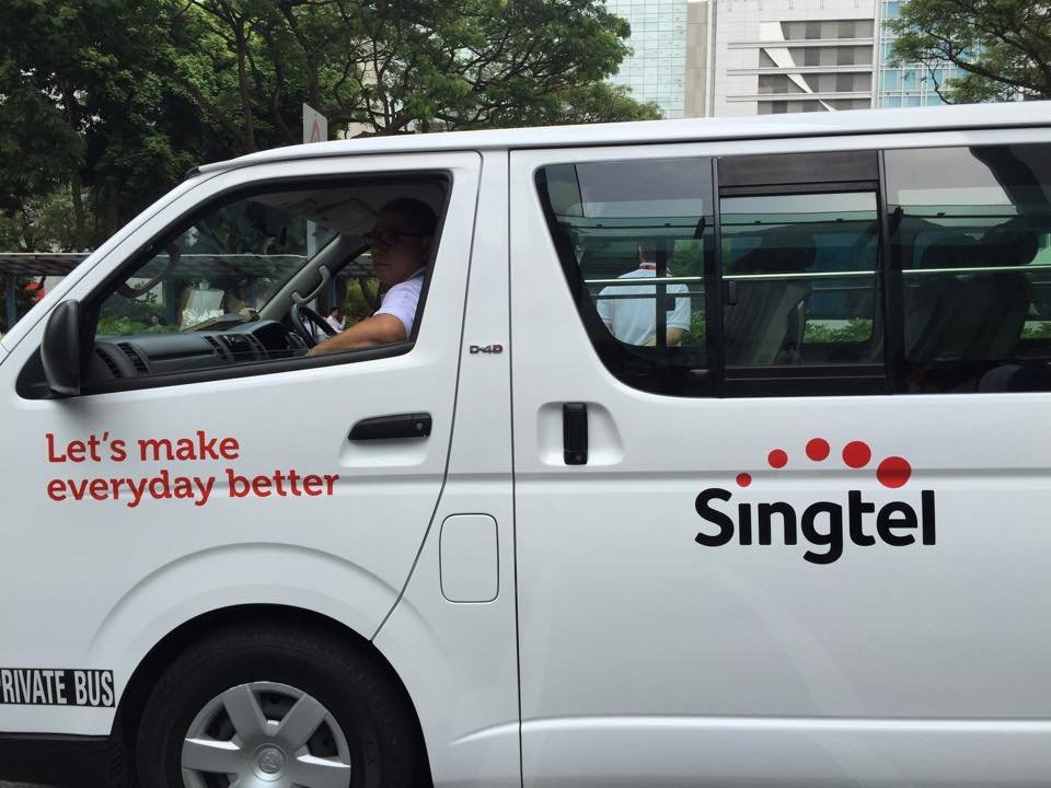 New Logo and Identity for Singtel