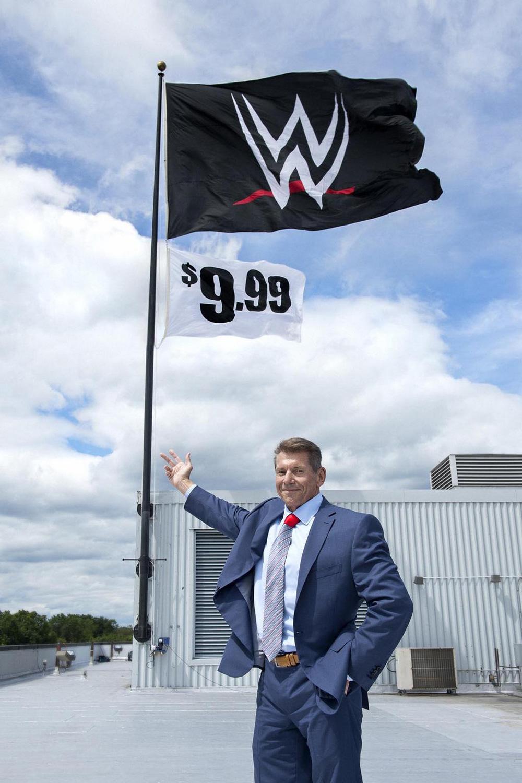 New Logo for WWE