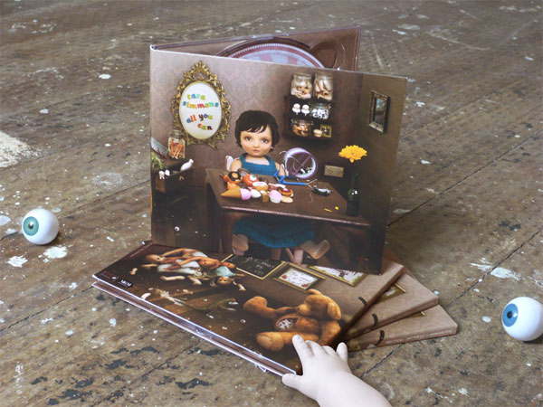 Tara Simmons CD Packaging