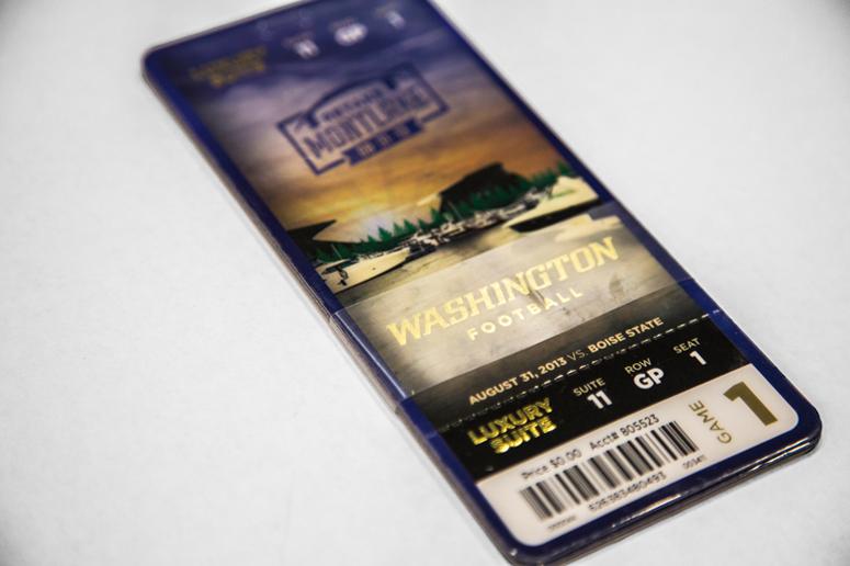 UW Football Premium Ticketing
